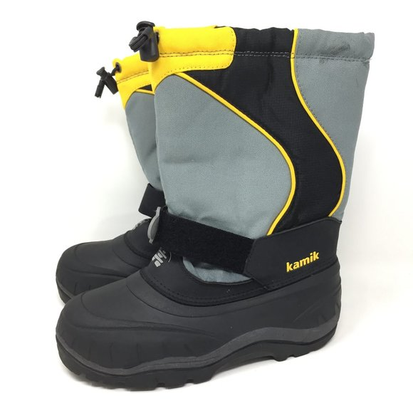 snow boots youth size 4